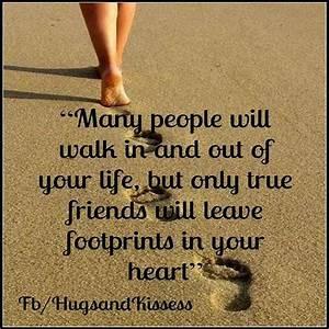 30 Best friend quotes for true friends