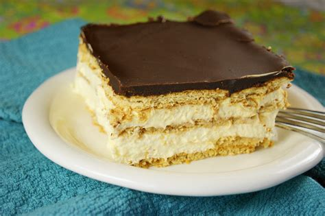 ridiculously easy chocolate eclair cake recipe