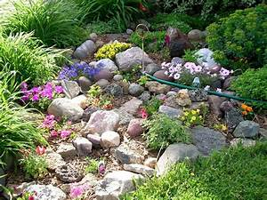 small rock garden ideas rock garden home landscaping With jardin de rocaille photos