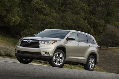 toyota highlander 2015 2015 toyota highlander review ratings specs prices and