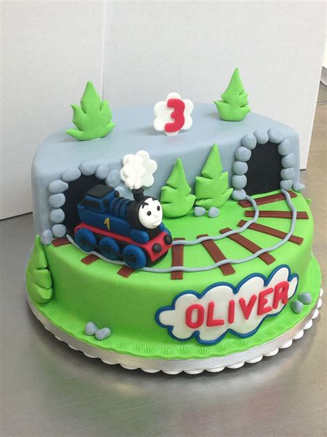 thomas  tank engine cake cool cakes friends