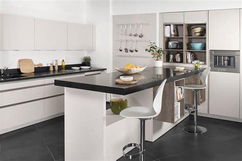corian cuisine kitchen dupont corian solid surfaces corian