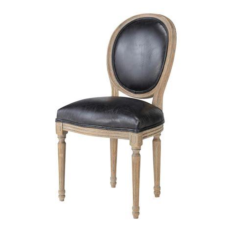 chaise en cuir chaise m 233 daillon en cuir et ch 234 ne massif louis maisons du monde