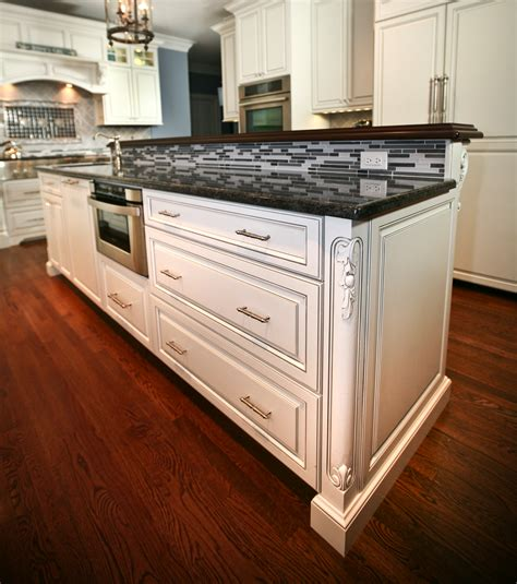 kitchen by design classic custom cabinets rumson new jersey by design line 2339