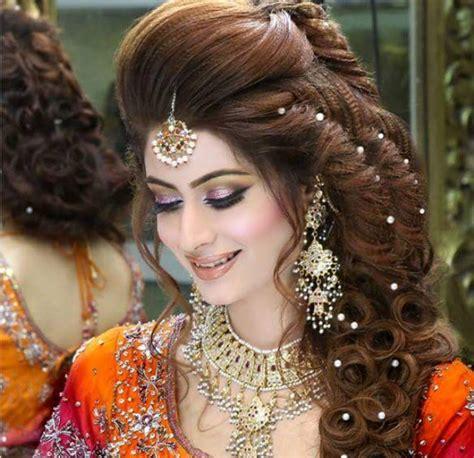 madiha iftikhars biography portfolio images  hd pictures