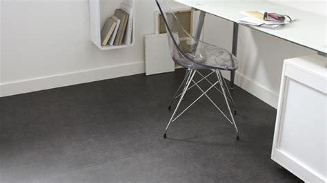 dalles pvc adhesives pour salle de bain dalles pvc adhesives pour salle de bain maison design bahbe