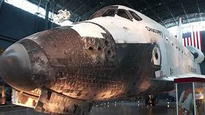 Space Shuttle Orbiter Discovery on display at the ...