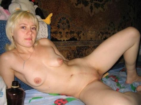 Sex Images Russian Naked Wife Flashes A Nudity On A Porn
