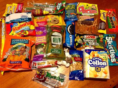 November MunchPak Review & Coupon - Snacks + Candy ...