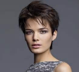 coupe de cheveux carrã court coupes faciles à porter le top des meilleurs