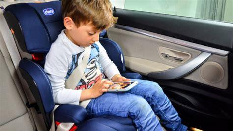 chicco si e auto niente cappotti al bambino nel seggiolino verde azzurro