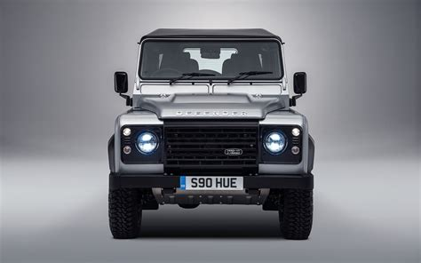 Land Rover Defender Wallpaper by 2015 Land Rover Defender 2 Wallpaper Hd Car Wallpapers