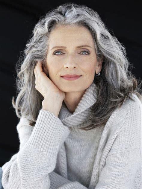 gray hair styles hairstyles risultati immagini per grey hairstyles 40 hair 1430