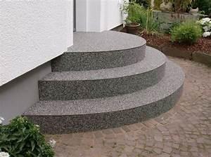 Treppenstufen Außen Beton : treppen steindesign kieselbeschichtung steinteppich ~ Frokenaadalensverden.com Haus und Dekorationen
