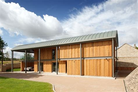 Private Houses, New Dutch Barn, Donnington