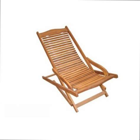 peindre une chaise en bois peindre une chaise en bois diy peindre une chaise en