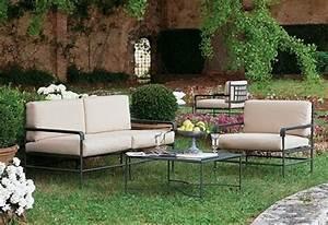 Salon De Jardin En Fer : mobilier jardin fer table et chaise metal de jardin maisondours ~ Teatrodelosmanantiales.com Idées de Décoration