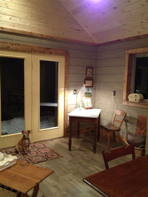 view   tongue  groove pine ceiling