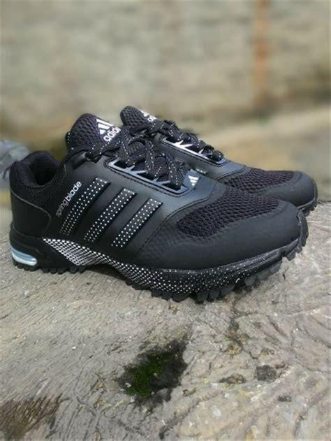 jual sepatu adidas spring blade maraton cowok pria running lari kerja sekolah cowok men