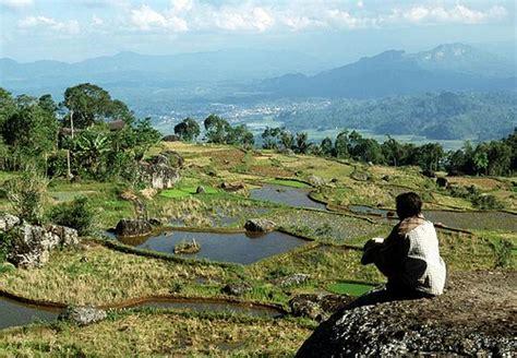 Wisata Alam Tana Toraja