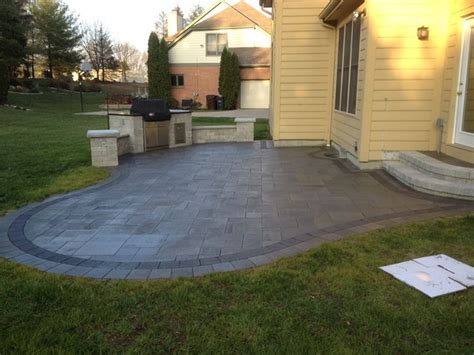 Unilock Patio Pavers - mendoza unilock umbriano paver patio and built in grill in