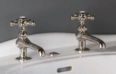 fashioned style basin taps  bathroom sinks