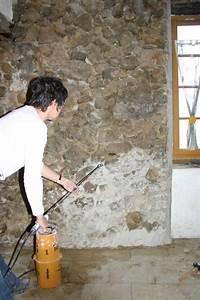 Refaire Un Mur Humide : rejointoyer un mur pierres vues avec un mortier de chaux ~ Premium-room.com Idées de Décoration