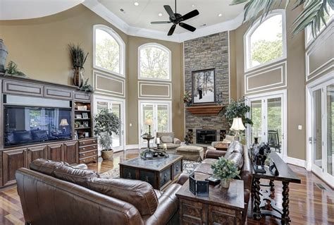 33 decorating ideas for living rooms with high ceilings high ceilings built in media living