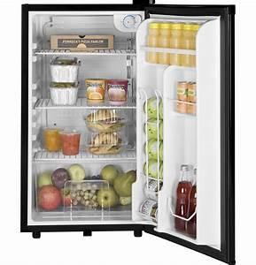 Ge U00ae 3 2 Cu  Ft  Compact Refrigerator