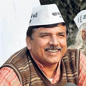 AAP denies banning media at Delhi Secretariat