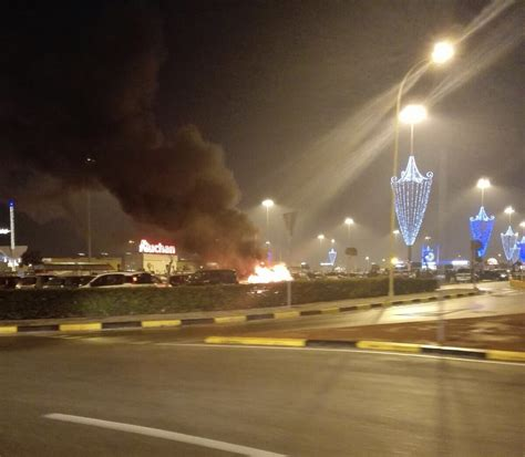 auchan si鑒e auto giugliano paura ad auchan auto alle fiamme nel parcheggio
