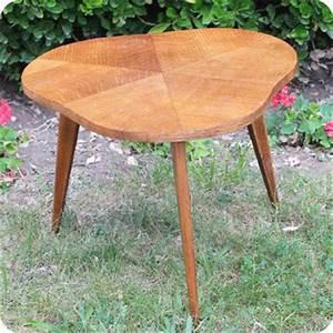 Table Basse Année 50 : meubles vintage bureaux tables petite table basse tripode ann es 50 fabuleuse factory ~ Teatrodelosmanantiales.com Idées de Décoration