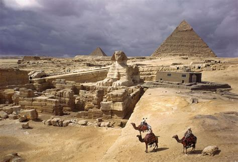 Mysterious Void Discovered In Egypts Great Pyramid