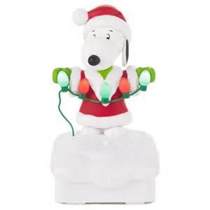 2015 peanuts gang christmas light show hooked on hallmark ornaments