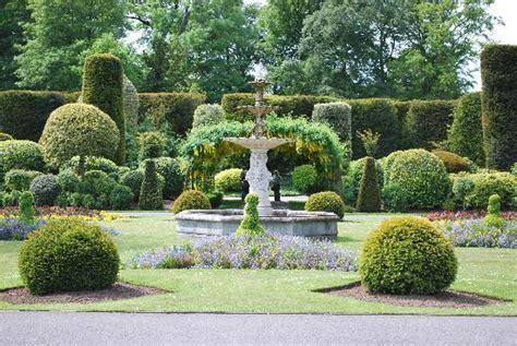 Formal Garden : Abrahamson Nurseries