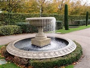 Small patio fountain ideas fountain design ideas for Outdoor patio fountains