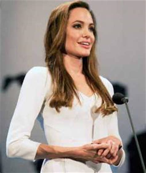 angelina jolie workout diet   hollywood shape