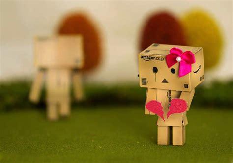 gambar boneka danbo sedih galau patah hati  sakit