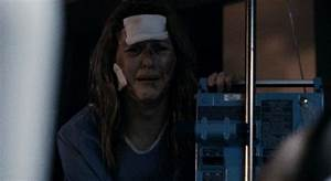 Halloween II (Rob Zombie 2009) - Laurie Strode's Hospital Gown