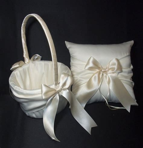 ivory or white wedding ring bearer pillow by jessicasdaydream