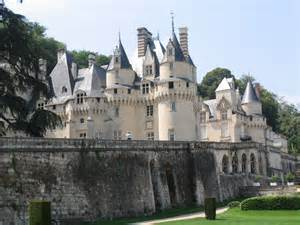 French Chateaux and Castles for Sale
