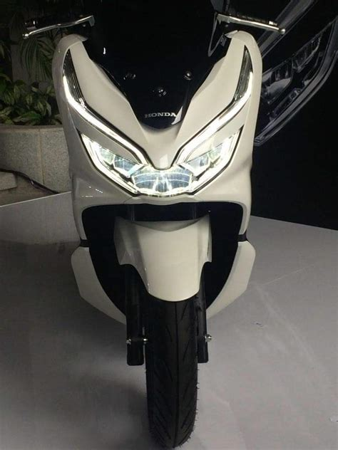 Pcx 2018 Warna Putih by Honda Pcx 2018 Putih 2 187 Bmspeed7