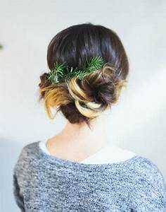 15 Simple Christmas Themed Hairstyle Ideas For Short