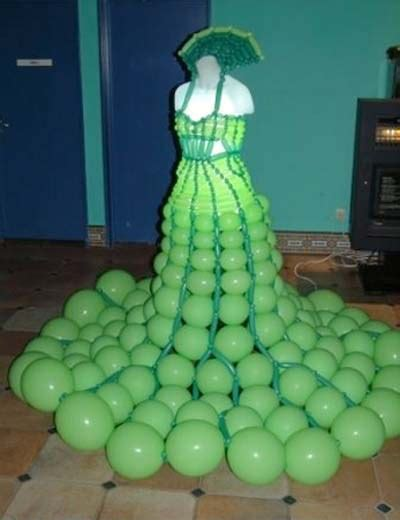 Most creative and unusual wedding dresses ~ Extremely