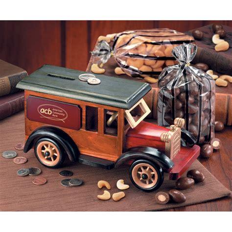 tr  armored car bank  chocolate almonds extra fancy jumbo cashews tr
