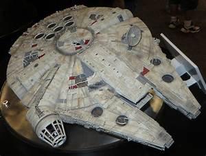 Faucon Millenium Star Wars : faucon millenium wikip dia ~ Melissatoandfro.com Idées de Décoration