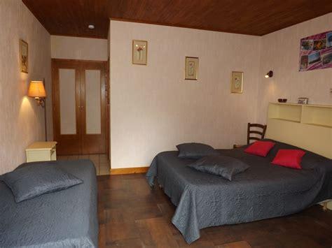 chambre hote cantal chambre d 39 hôtes 9004 à ladinhac chambre d 39 hôtes 11