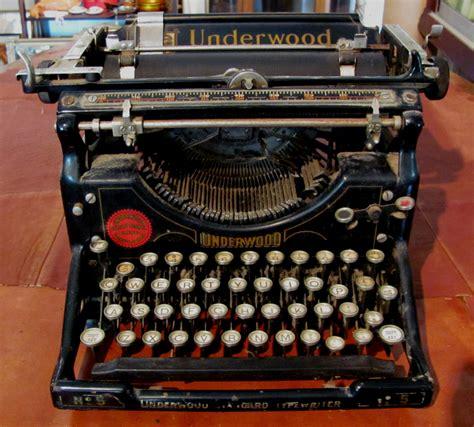 Alte Schreibmaschinen Wert the every day leader the typewriter the every day