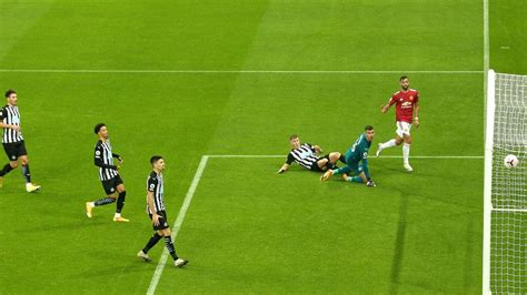 Player Ratings: Newcastle United 1-4 Manchester United ...
