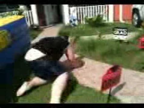 foto de fat guy falls off water slide funny YouTube